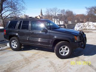 1998 Jeep Grand Cherokee 5.  9 Limited Sport Utility 4 - Door 5.  9l photo