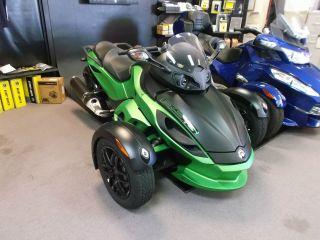 2012 Can Am Spyder Roadster Rs - S Se5 Neutron Green Trike Motorcycle Bike War photo