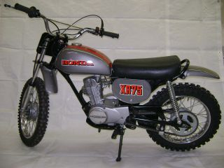 73 1973 Honda Xr75 Motorcycle Xr - 75 Xr 75 photo
