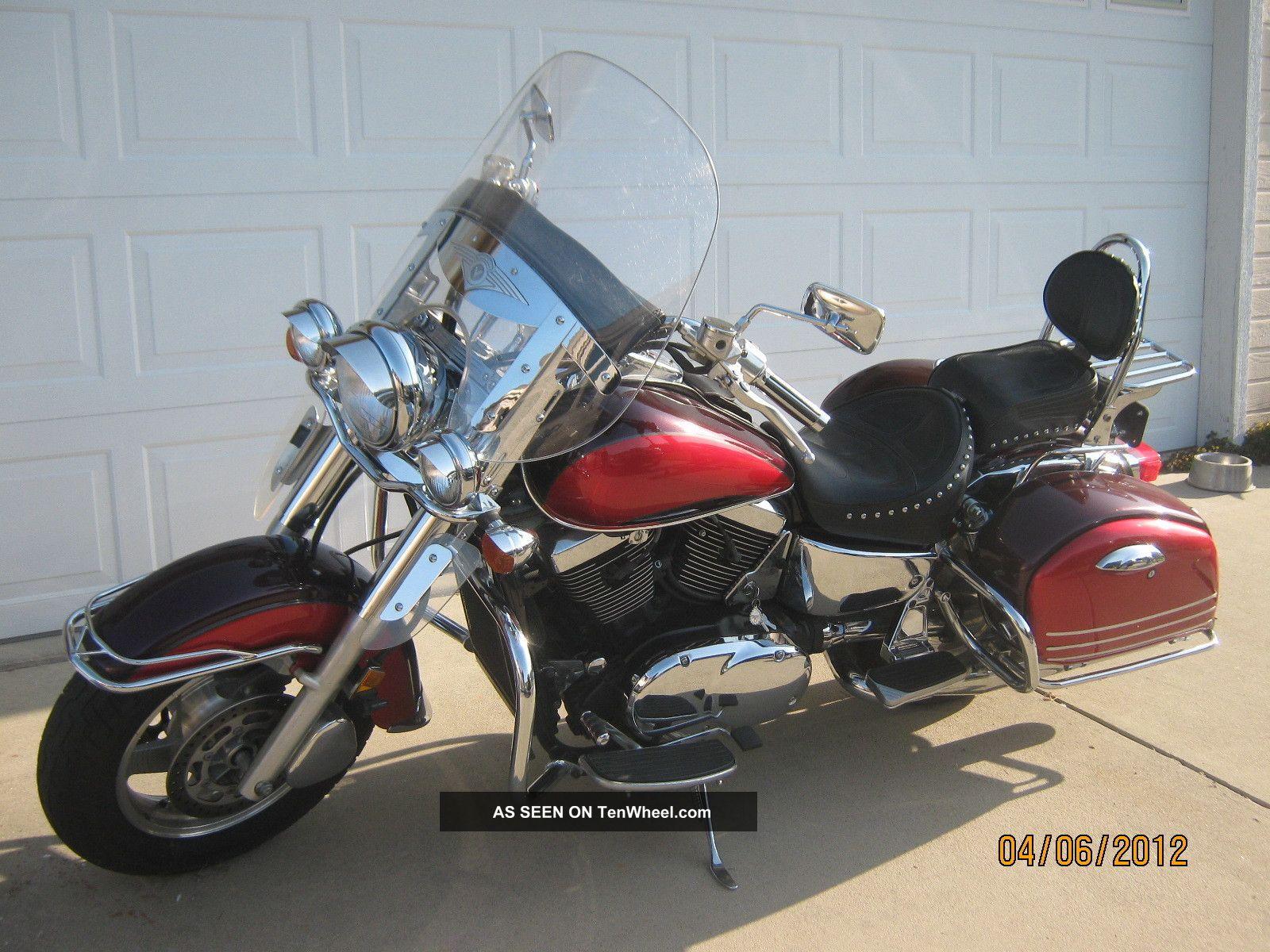 1999 Kawasaki Vulcan Nomad 1500 Motorcycle