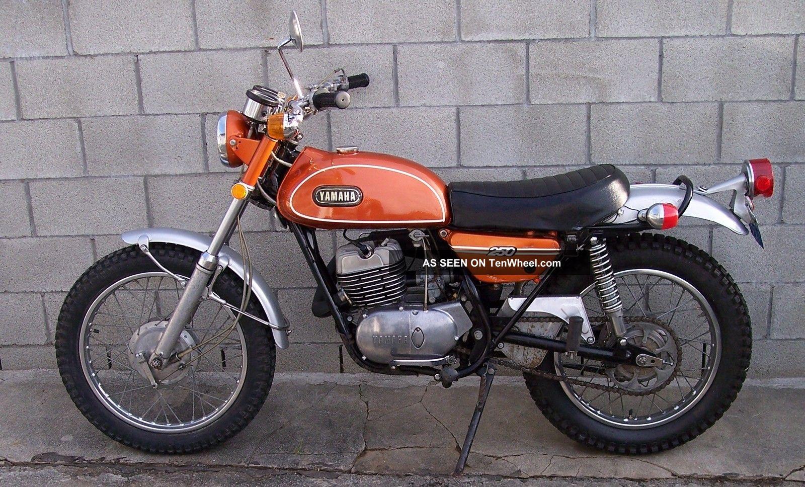 1971 Yamaha 250 Enduro Dt1