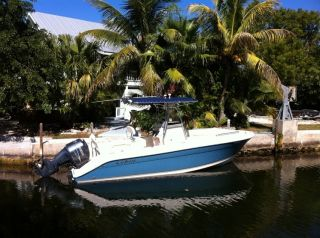 2007 Cobia 235 Center Console Sport Fisherman photo