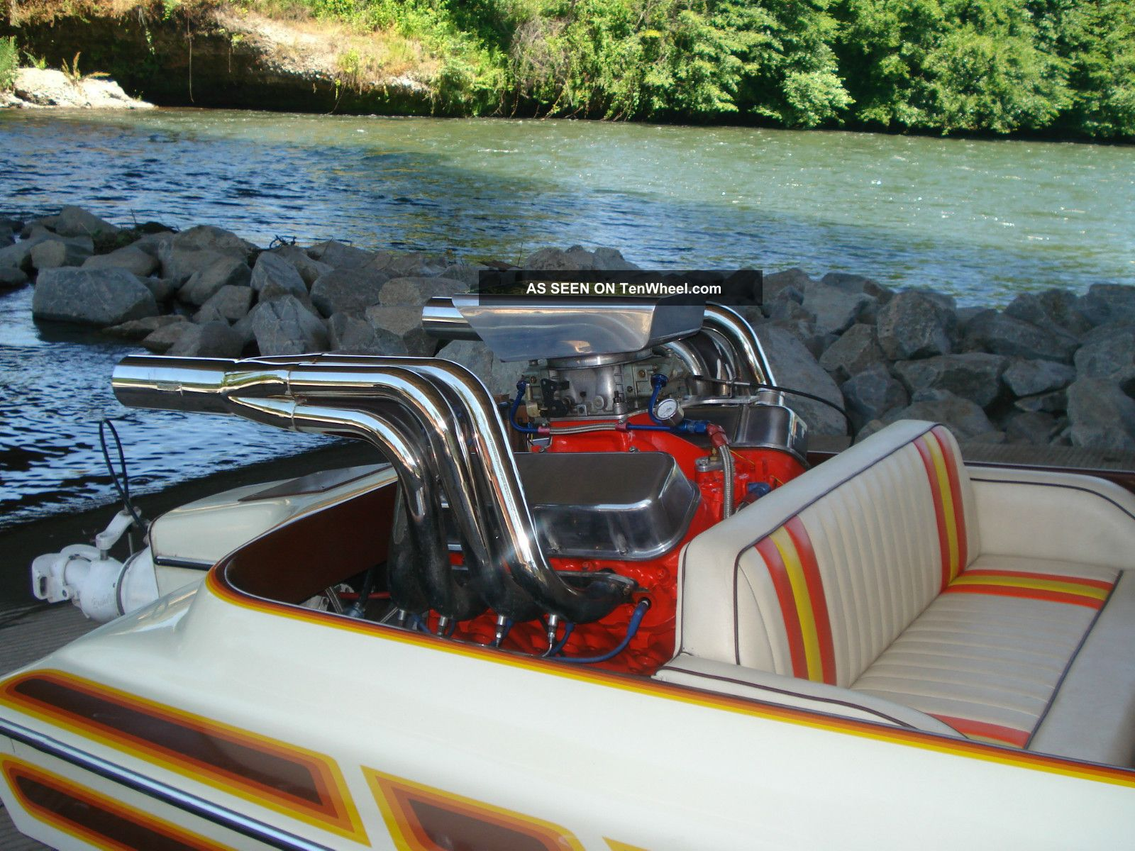 how to build a jet boat hull