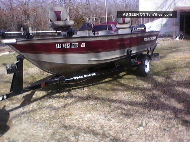 1998 bass tracker pro v 16 for Bass pro fishing boats