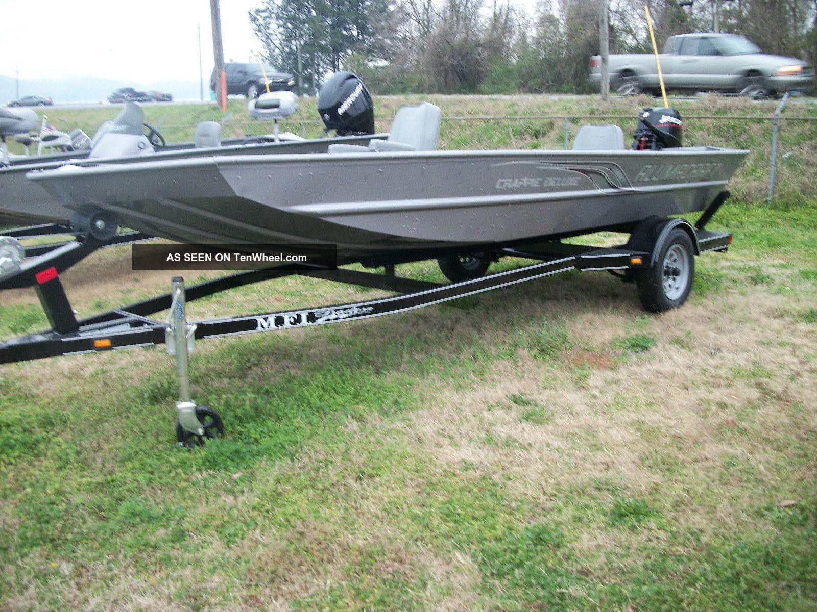 2012 Alumacraft Crappie Deluxe Bass Fishing Boats photo