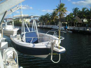2001 Angler Boat 2100 Cc photo