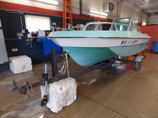 Sea Ray Sundeck >> Boats - Powerboats & Motorboats - Runabouts Web Museum