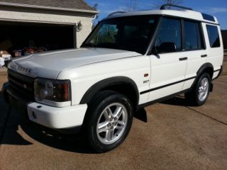 2003 Land Rover Discovery Se Sport Utility 4 - Door 4.  6l photo