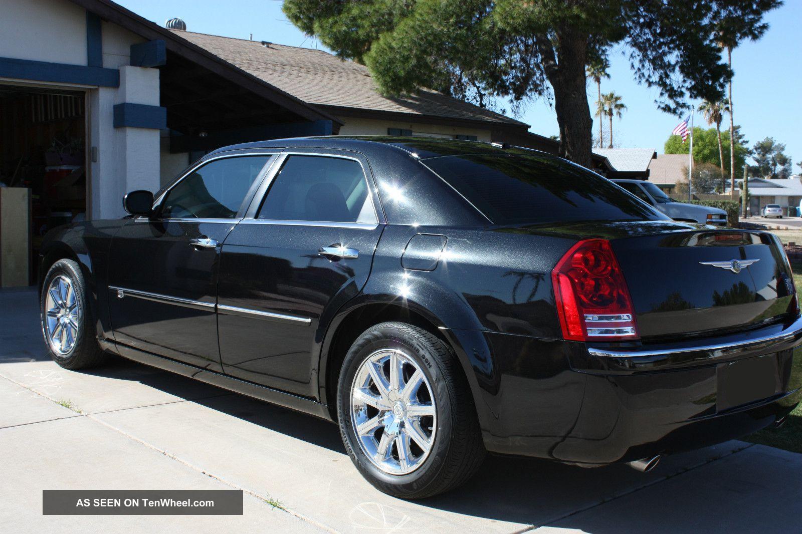 2009 Chrysler 300c 5 7 Litre V8 Hemi Brilliant Black