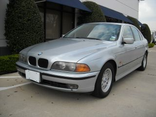 1998 Bmw 528i Base Sedan 4 - Door 2.  8l,  Needs Tlc. photo
