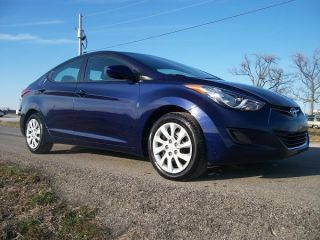 2011 Hyundai Elantra Gls Sedan 4 - Door 1.  8l photo