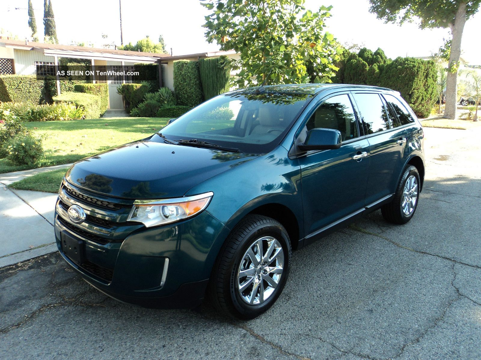 2011 Ford Edge Sel Sport Utility 4 - Door 3.  5l Edge photo
