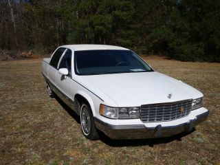 1993 Cadillac Fleetwood Brougham Well Kept; 2 Owner Car photo