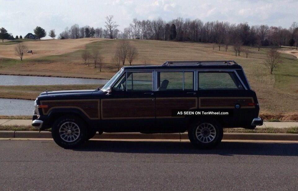 1990 Jeep Grand Wagoneer Base Sport Utility 4 - Door 5.  9l Other photo