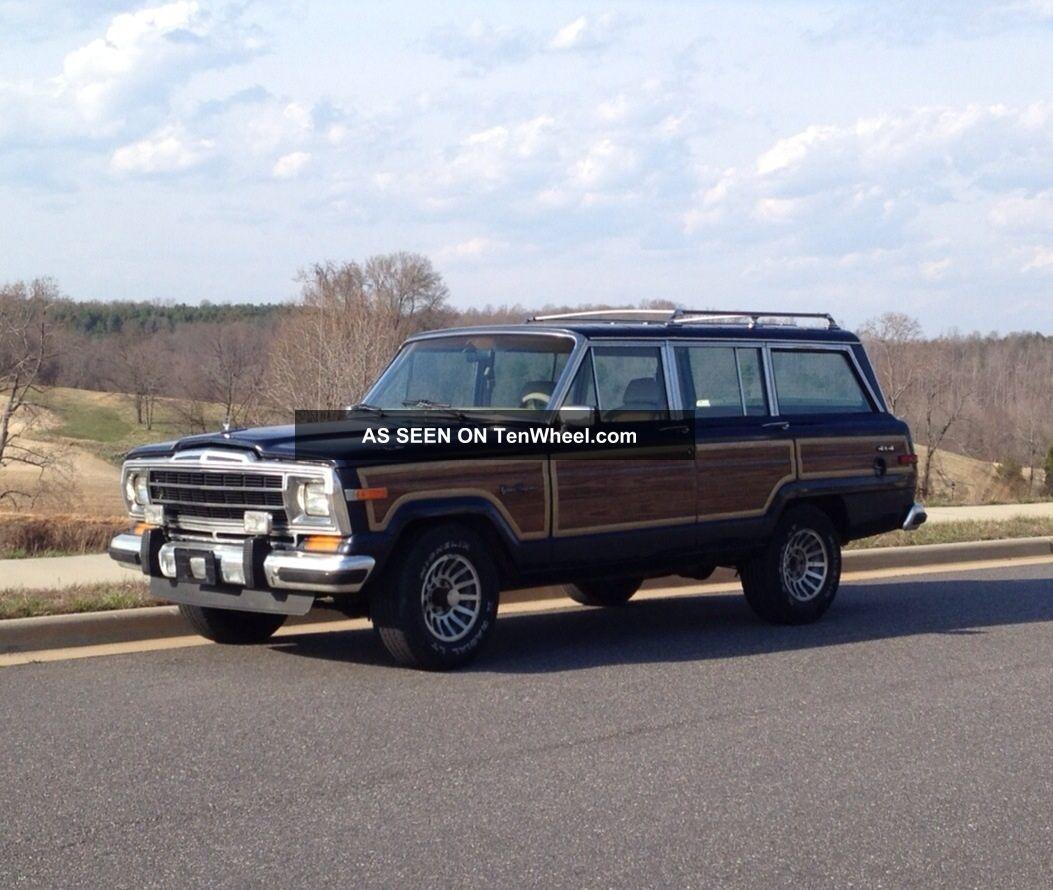 1990 Jeep Grand Wagoneer Base Sport Utility 4
