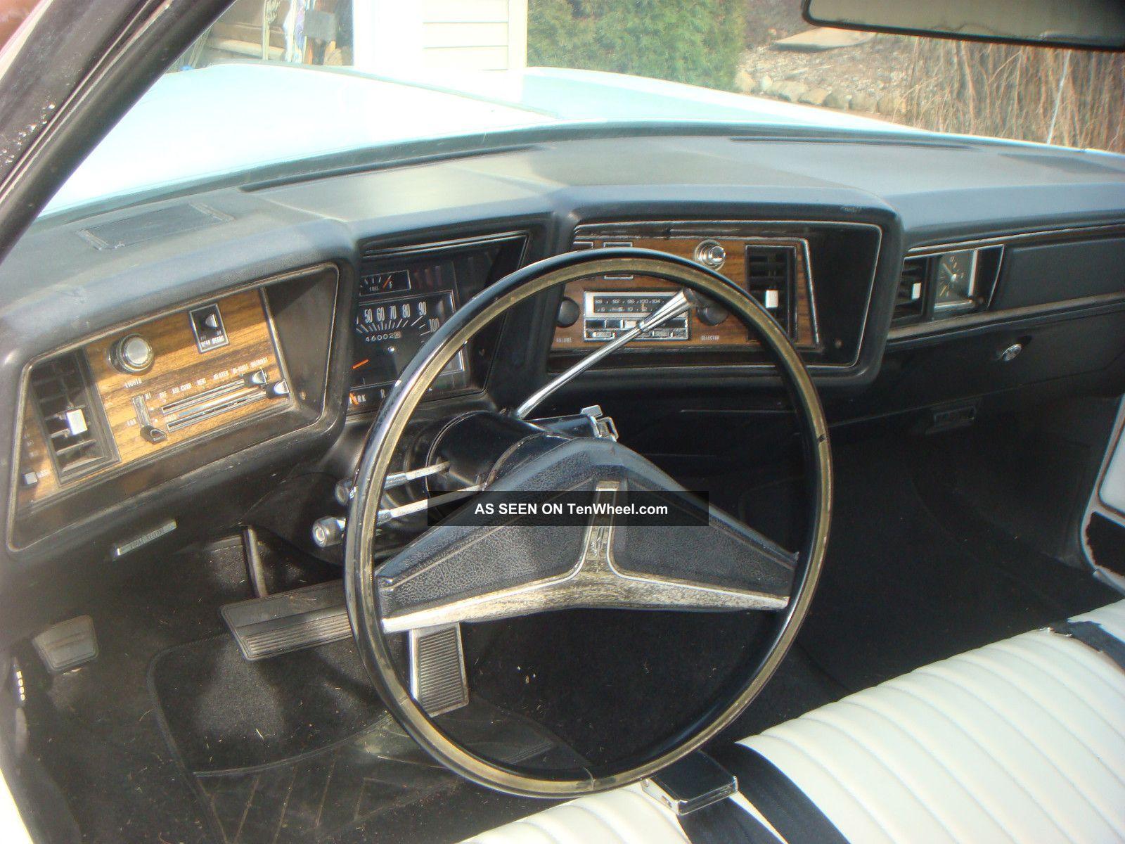1972 Oldsmobile Delta 88 Royale Convertible