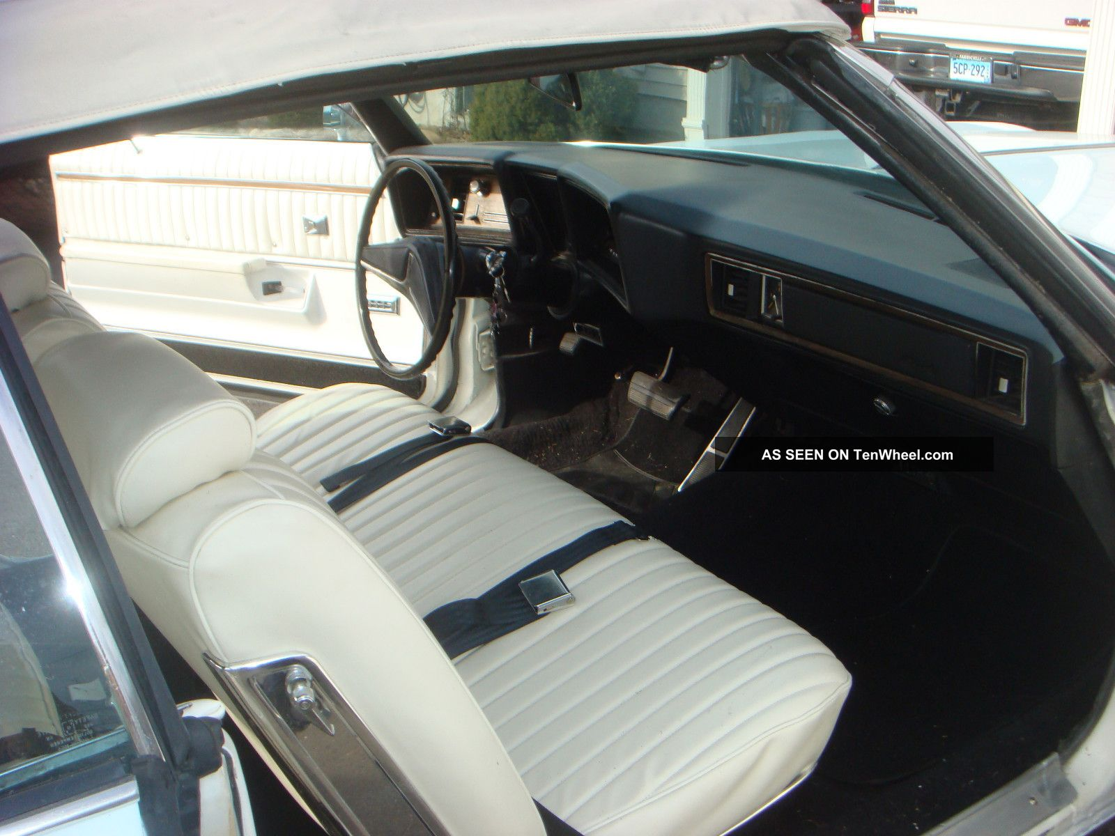 1972 Oldsmobile Delta 88 Royale Convertible