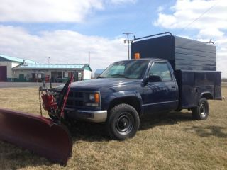 1996 Chevrolet K 2500 4x4 With Utility Bed And 9 ' Western Plow photo