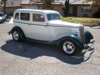 1934 Ford Sedan photo