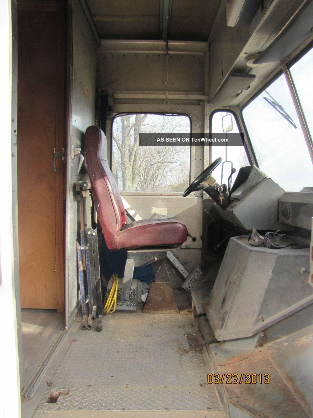 "1992 Gmc P3500 Step Van "" Battery And Brake Line Needed"