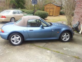 1997 Bmw Z3 Roadster Convertible 2 - Door 1.  9l Almost Immaculate Condition photo