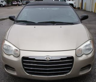 2005 Chrysler Sebring Base Convertible 2 - Door 2.  4l photo