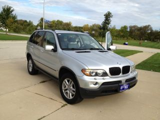 2004 Bmw X5 3.  0i Sport Utility 4 - Door 3.  0l photo