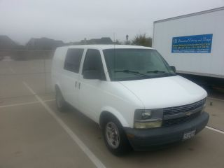2003 Chevrolet Astro Base Extended Cargo Van 3 - Door 4.  3l photo