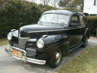 1941 Ford Deluxe Sedan - All Car photo