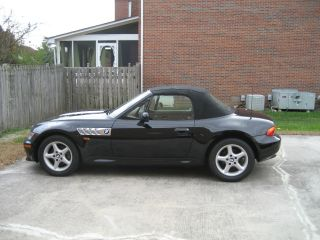 1998 Bmw Z3,  2.  8l,  5 Speed Roadster photo