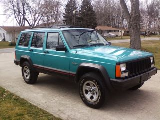1996 Jeep Cherokee Sport Sport Utility 4 - Door 4.  0l photo