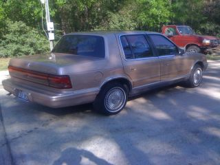 1989 Plymouth Acclaim Le Sedan 4 - Door 2.  5l Same As Lebaron Spirit photo