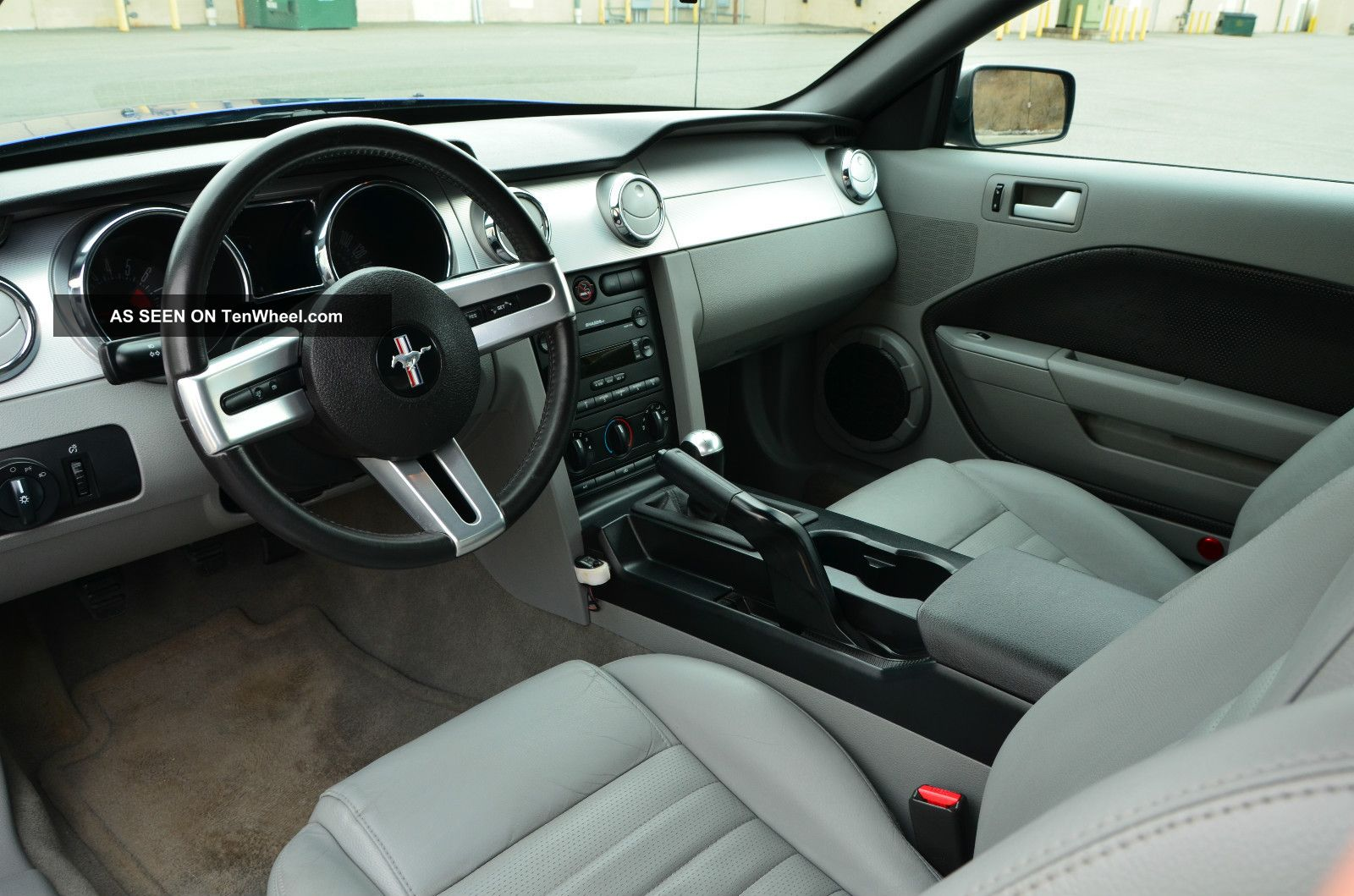 2005 mustang gt convertible for 2005 ford mustang convertible interior