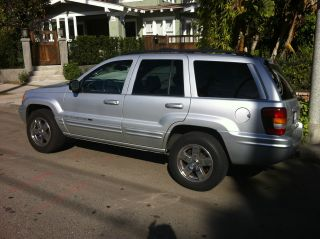 2002 Jeep Grand Cherokee Limited 4.  7l V8 4wd photo