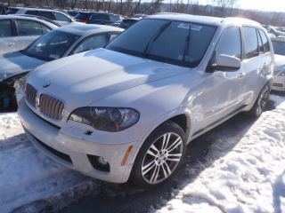 2011 Bmw X5 Xdrive50i Sport Utility 4 - Door 4.  4l photo