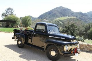 1952 Ford F3 Longbed Pickup Truck photo