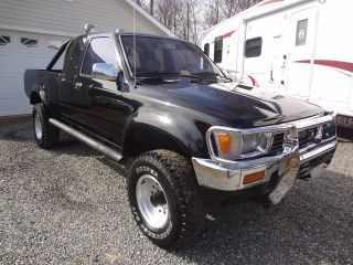 1991 Toyota Truck Ext Cab 3.  0 V6 5 Speed 4x4 Black Loaded Rebuilt Motor Sr5 photo