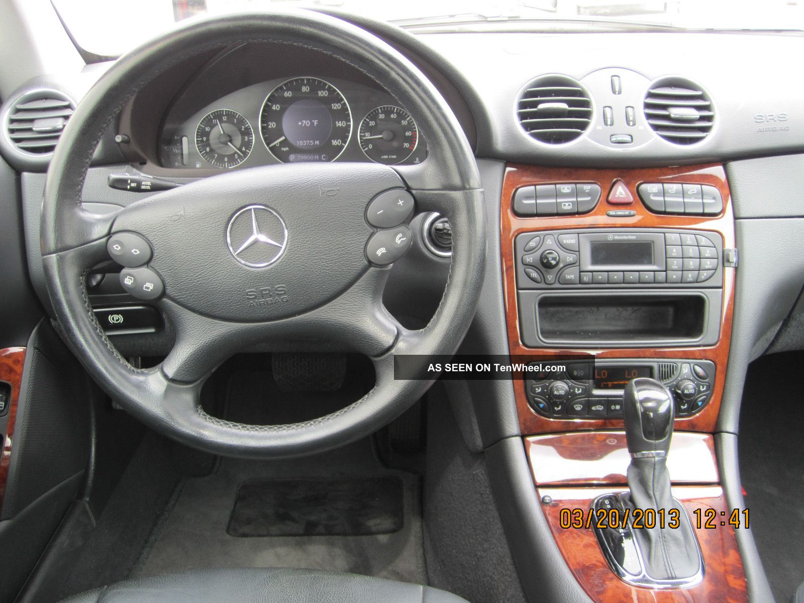 2004 Mercedes Benz Clk320 Base Coupe 2 Door 3. 2l CLK Class photo  #9F4A2C