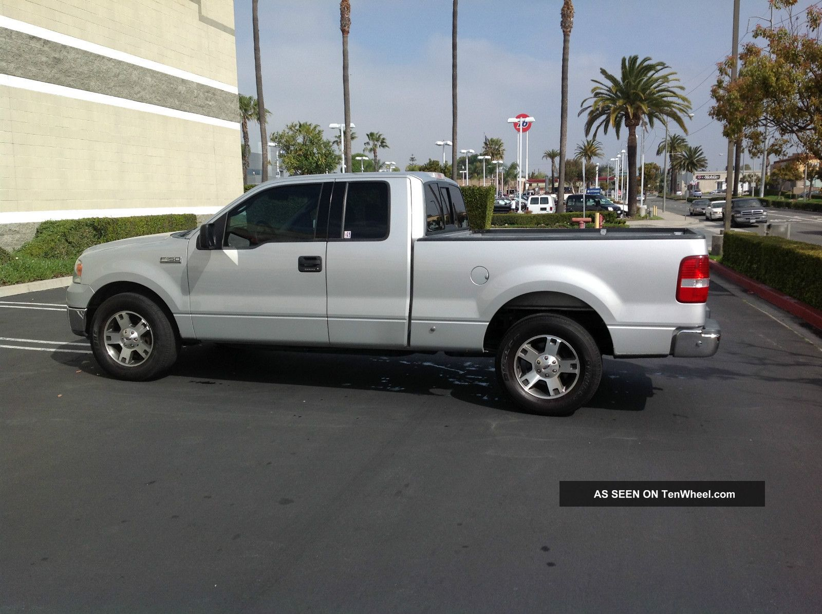 2004 ford f 150 xlt extended cab pickup 4 door 5 4l. Black Bedroom Furniture Sets. Home Design Ideas