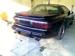 1994 Pontiac Firebird Formula Coupe 2 - Door 5.  7l photo
