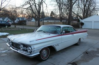 1959 Oldsmobile 88 photo