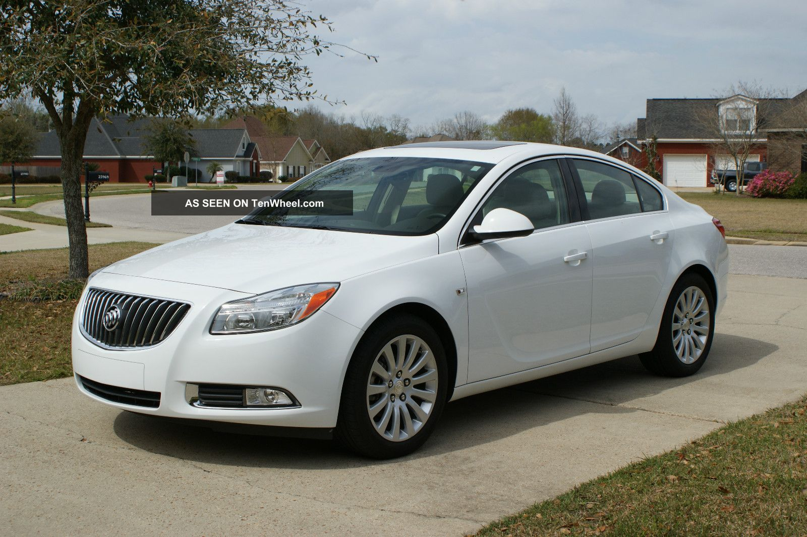 2011 Buick Regal Cxl Sedan In