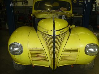 1939 Plymouth Deluxe photo