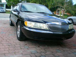 1998 Lincoln Continental Base Sedan 4 - Door 4.  6l photo