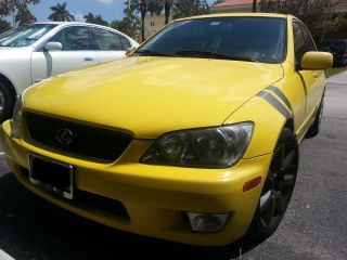Yellow 2002 Lexus Is300 Base Sedan 4 - Door 3.  0l photo