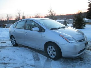 2008 Toyota Prius Base Hatchback 4 - Door 1.  5l photo