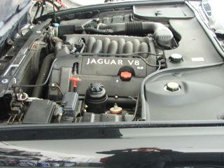 2002 Xj8 Jaguar - Black On Black - photo