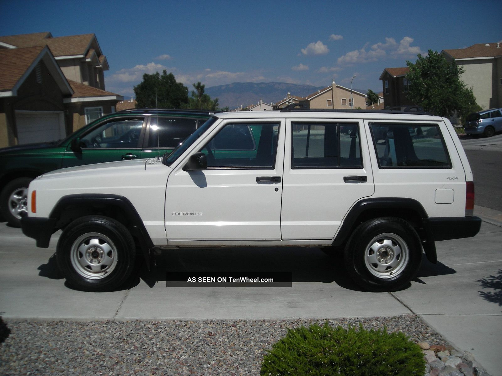 2000 Jeep Cherokee Right Hand Drive Factory Se Sport Utility 4 - Door 4.  0l Cherokee photo