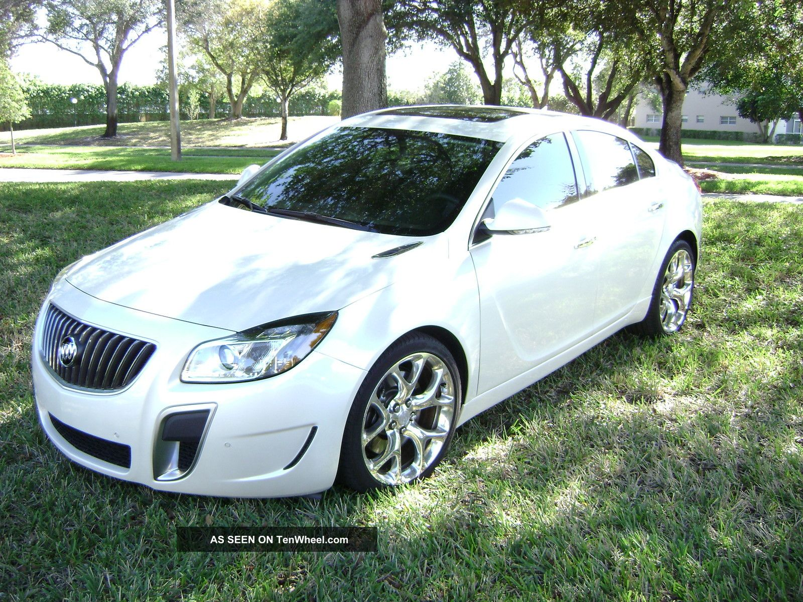 2012 buick regal gs loaded premium stereo pearl white. Black Bedroom Furniture Sets. Home Design Ideas