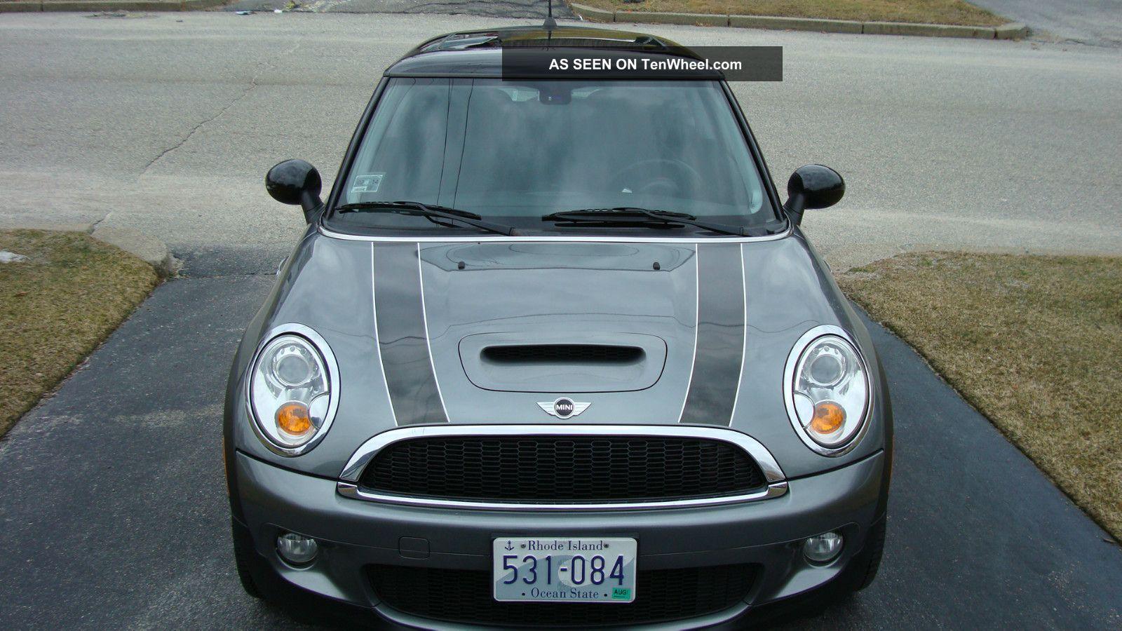 2009 mini cooper s hatchback 2 door 1 6l. Black Bedroom Furniture Sets. Home Design Ideas